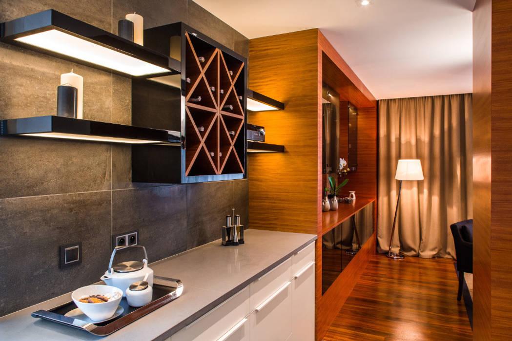 Kuchnia: styl , w kategorii Kuchnia zaprojektowany przez Viva Design - projektowanie wnętrz,