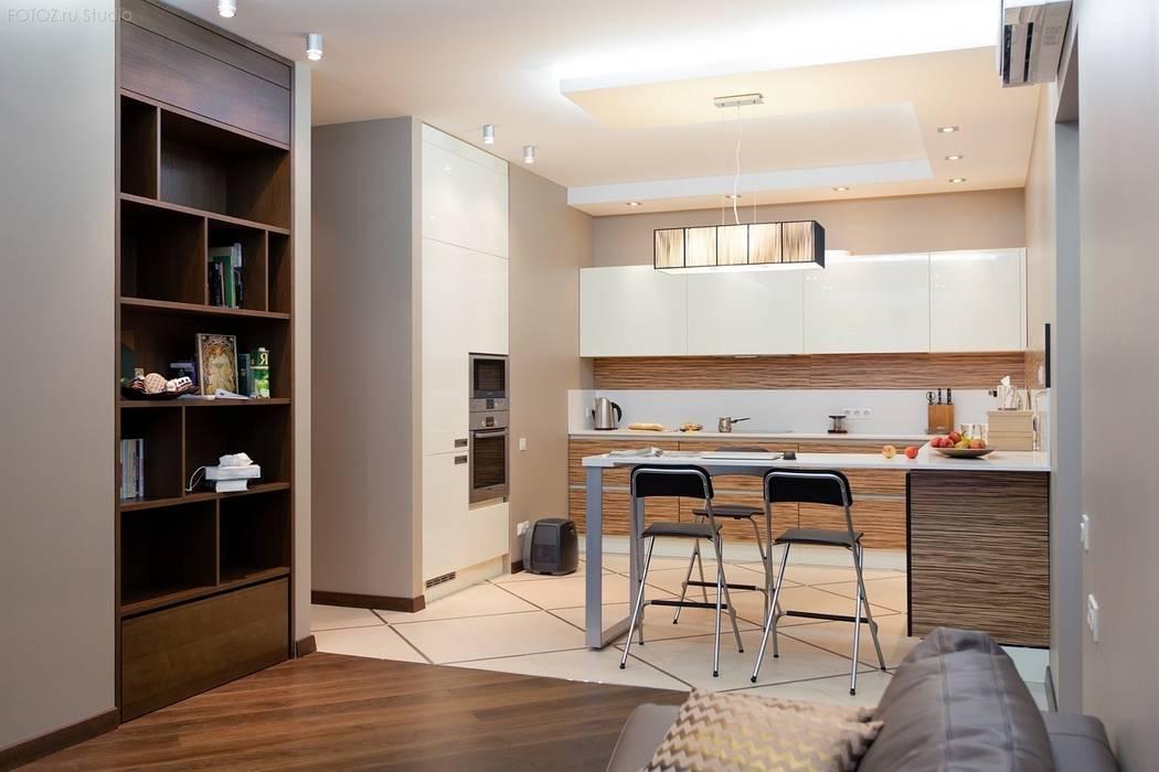 Вид на кухню из гостиной Кухня в стиле минимализм от INTERIOR PROJECT studio Минимализм