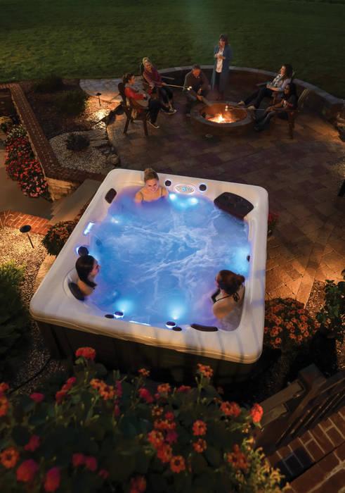 Whirlpool Twilight Serie: moderner Pool von Aqua-Whirlpools