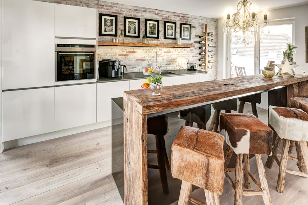 Küche Modern und Altholztheke Moderne Küchen von ZABOROWSKI ** Kreativer Innenausbau Modern
