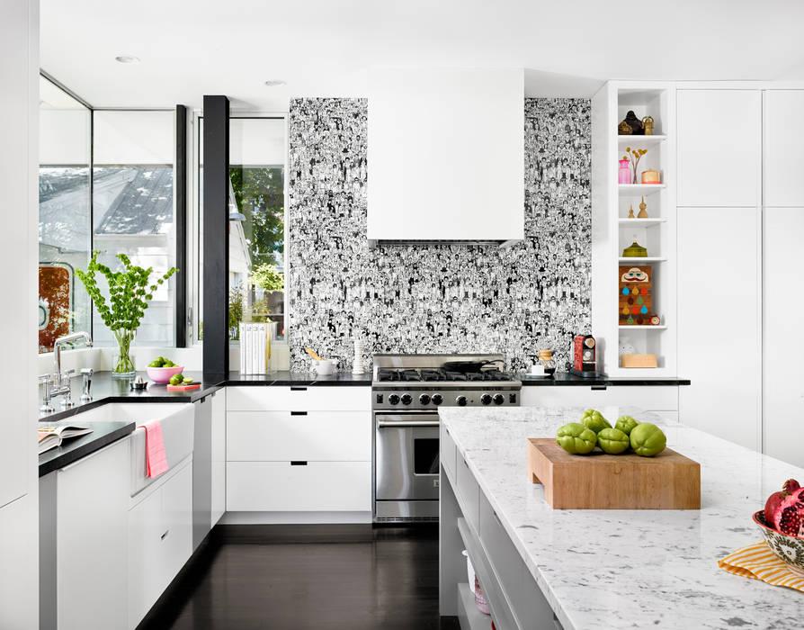 Palma Plaza Residence Modern Kitchen by Hugh Jefferson Randolph Architects Modern