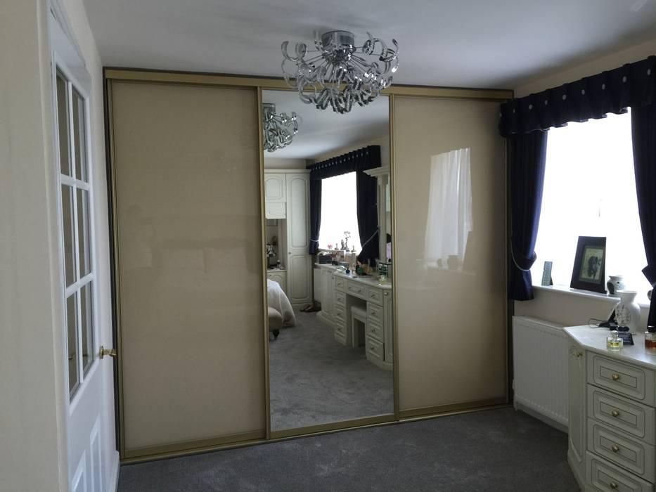 Schlafzimmer von Sliding Wardrobes World Ltd
