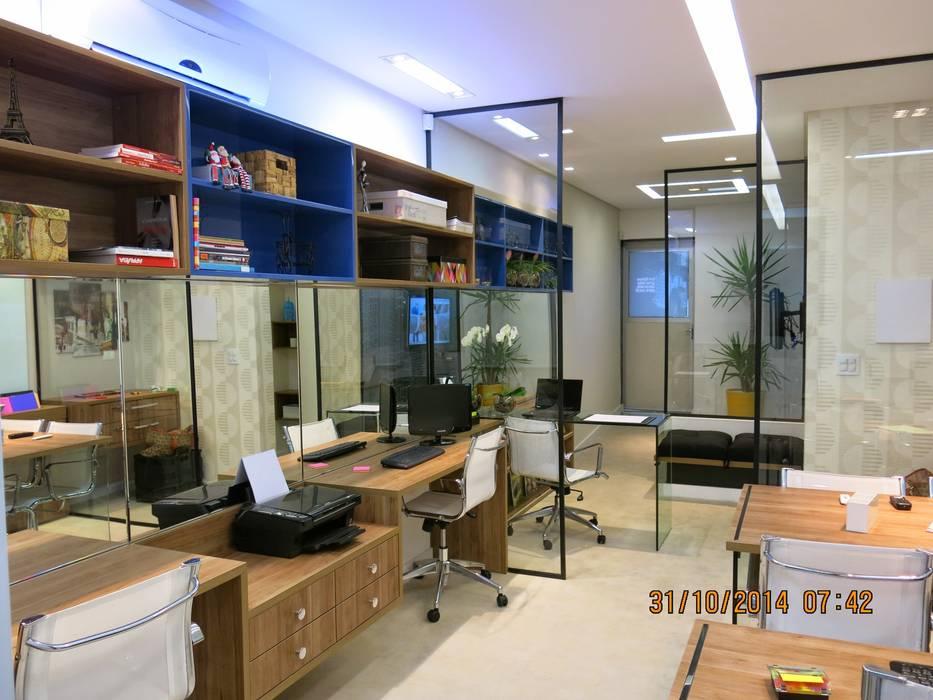 sala comercial : Espaços comerciais  por Andrea Petini arquitetura