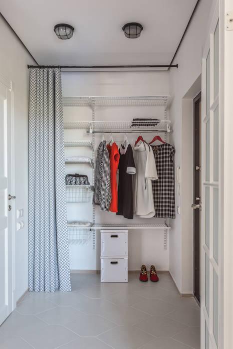 Проект однокомнатной квартиры  40 м² (раздельная комната):  в . Автор – SAZONOVA group, Скандинавский