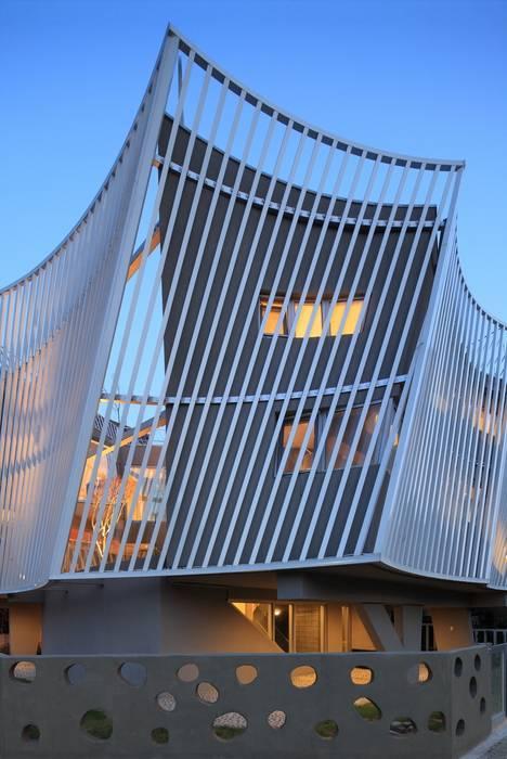 IROJE KIMHYOMAN Moderne Häuser