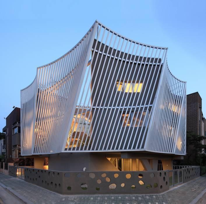 Maisons modernes par IROJE KIMHYOMAN Moderne