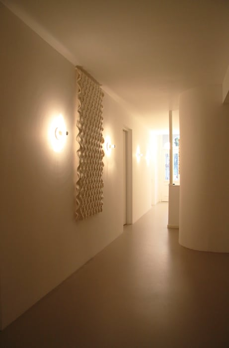 Wall tapestry to improve the acoustics Moderne gezondheidscentra van Studio Petra Vonk Modern