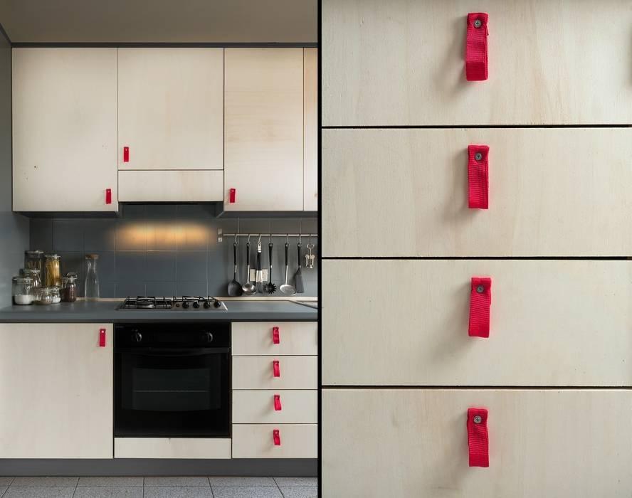 homify ห้องครัวตู้เก็บของและชั้นวางของ