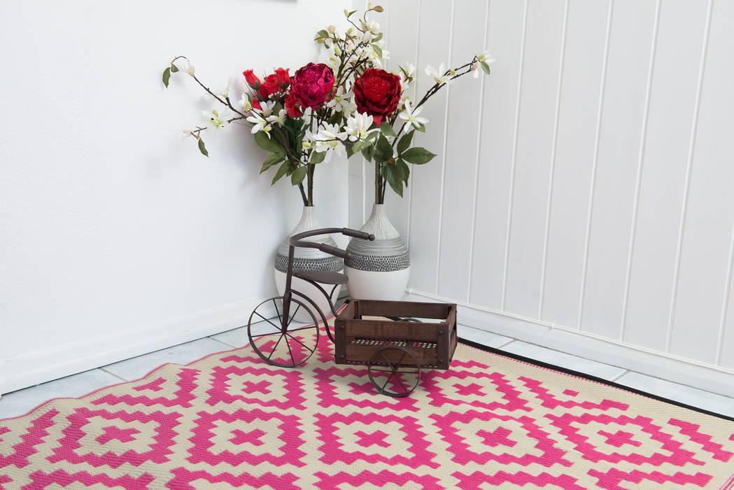 INDOOR/OUTDOOR, PLASTIC NIRVANA PINK AND CREAM RUG Green Decore BedroomAccessories & decoration Plastic Pink