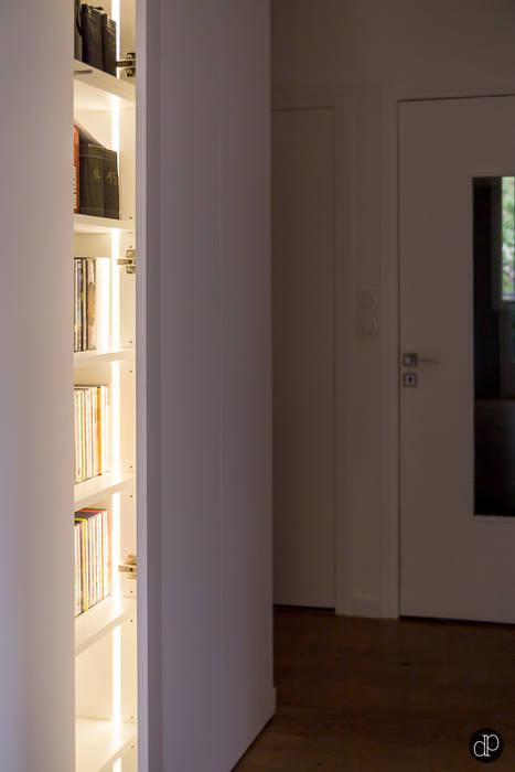 Maison 110m2 et Terrasse 40m2: Couloir et hall d'entrée de style  par Decoration Parisienne