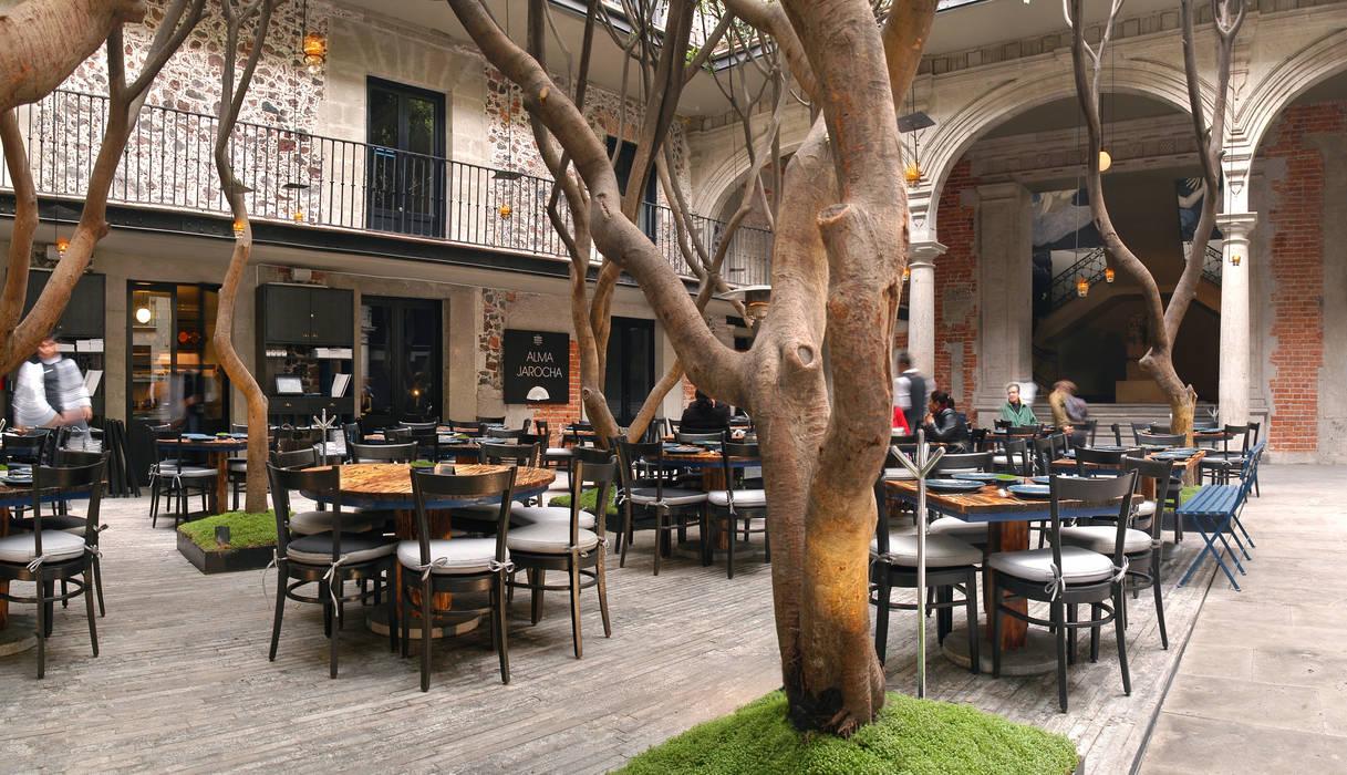 Restaurante Azul Histórico: Espacios comerciales de estilo  por kababie arquitectos