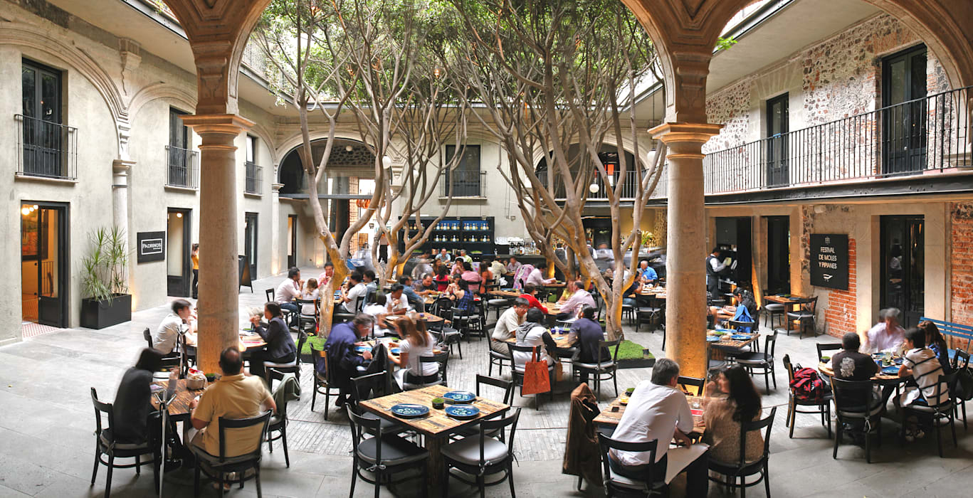 Restaurante Azul Histórico Edificios de oficinas de estilo mediterráneo de kababie arquitectos Mediterráneo
