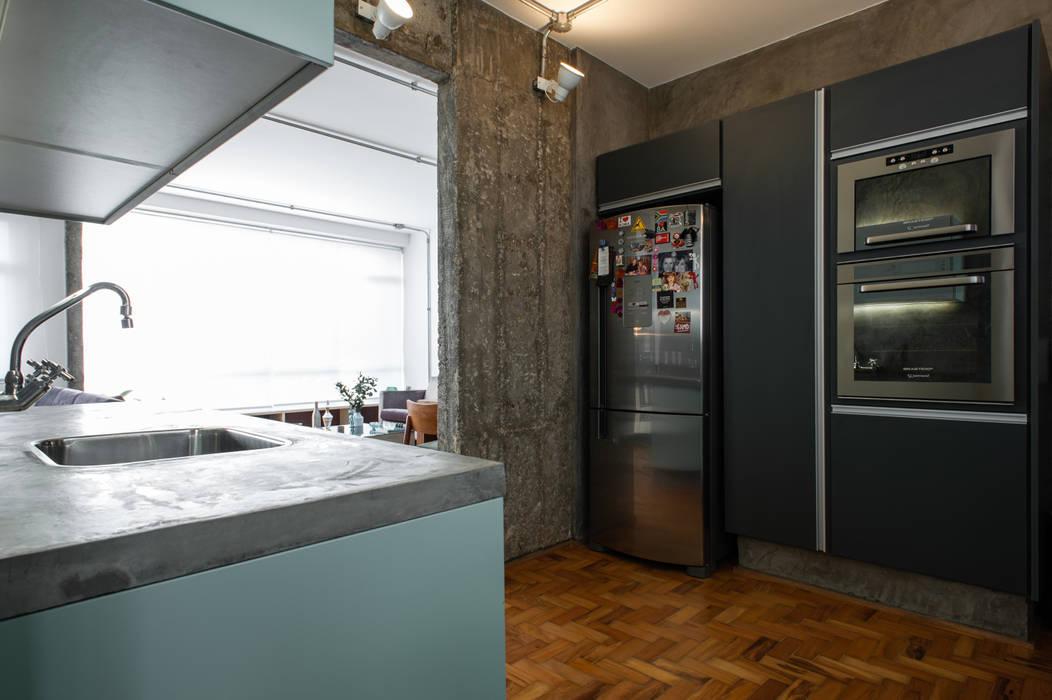PM Arquitetura Cucina in stile industriale