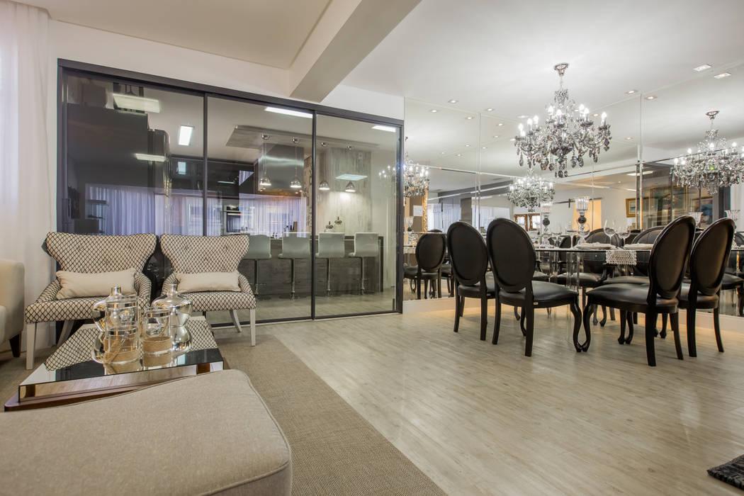 Apartamento em Cascavel Salas de estar clássicas por Evviva Bertolini Clássico