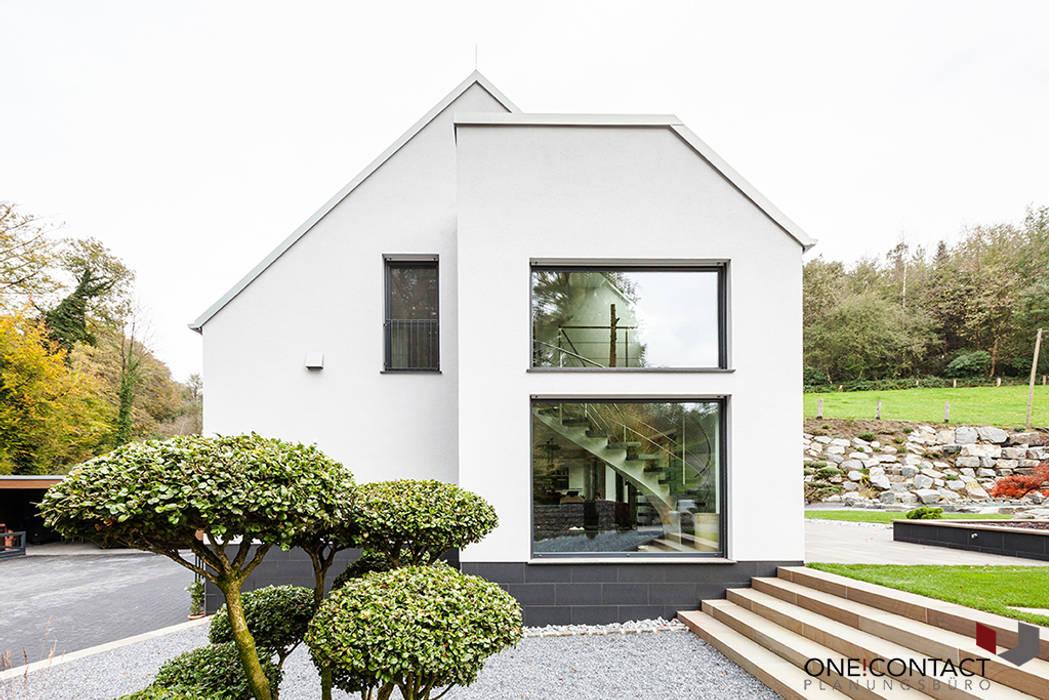 ORT DER RUHE Moderne Häuser von ONE!CONTACT - Planungsbüro GmbH Modern