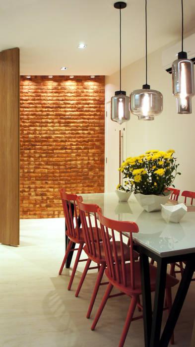 Sala de Jantar: Salas de jantar  por fpr Studio,Escandinavo