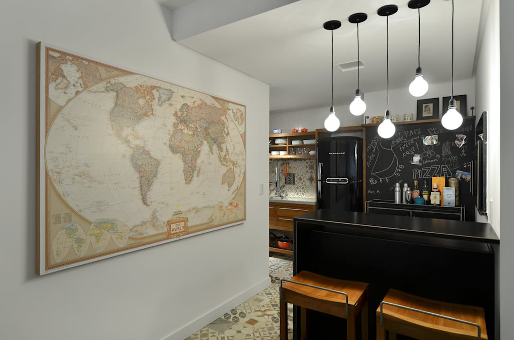 Modern Kitchen by Johnny Thomsen Arquitetura e Design Modern