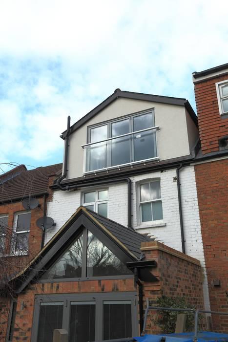 Single Storey Extension and Loft Conversion, Lance Rd Rumah Modern Oleh London Building Renovation Modern