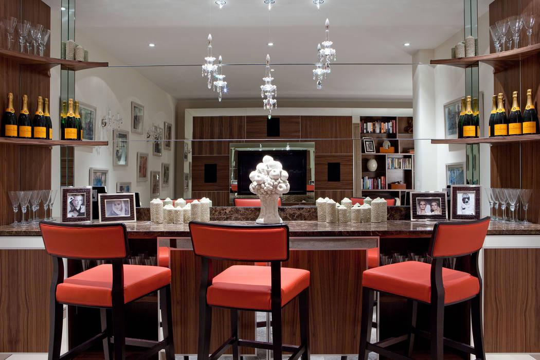 Bar Salas multimedia de estilo moderno de RBD Architecture & Interiors Moderno