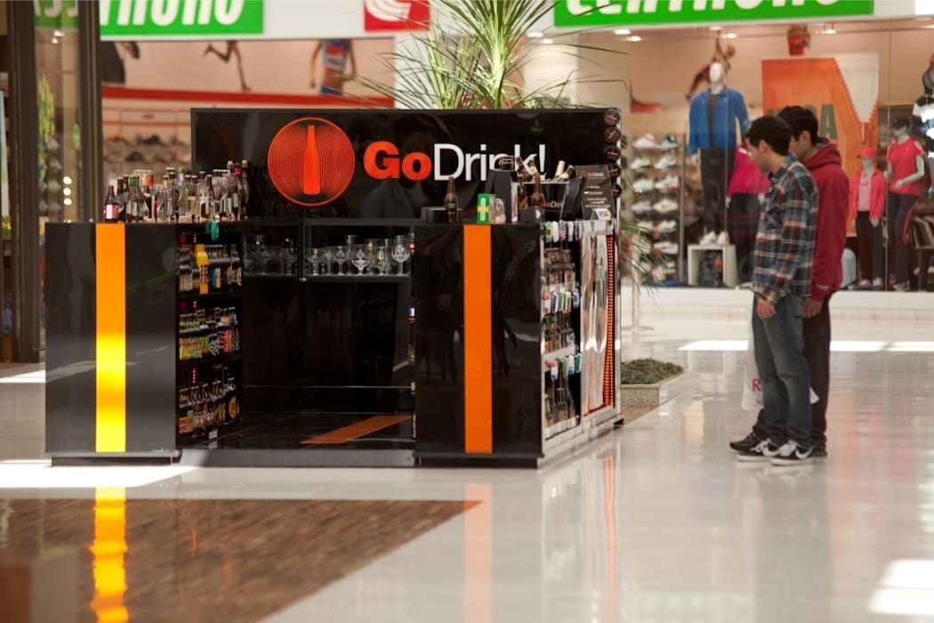 GO DRINK!: Shopping Centers  por Craft-Espaço de Arquitetura