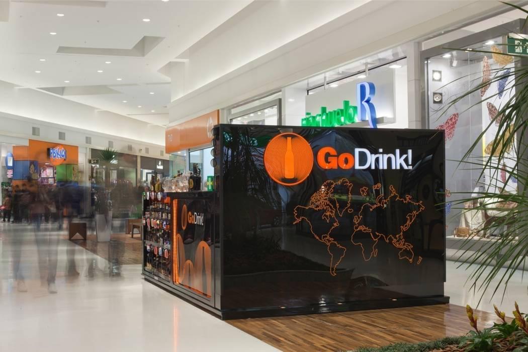 GO DRINK!: Shopping Centers  por Craft-Espaço de Arquitetura,Moderno