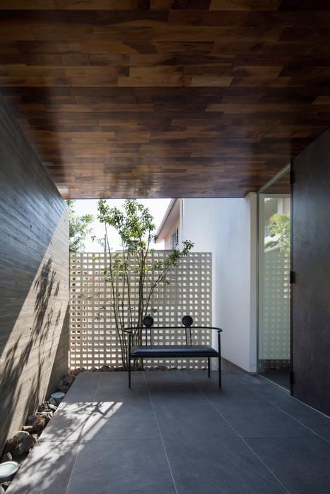 ホール:  井上久実設計室が手掛けた和室です。
