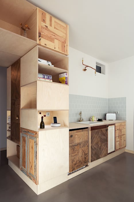 Kitchenette Eclectic style kitchen by paola bagna Eclectic