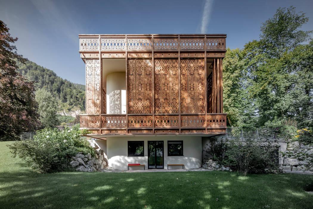 Eclectic style gardens by Architekt Alexander Diem Eclectic