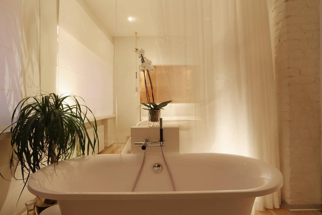 Движение. Ванная комната в скандинавском стиле от Double Room Скандинавский