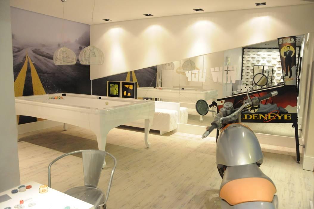 Sala de Jogos Renata Amado Arquitetura de Interiores Salas de estar modernas