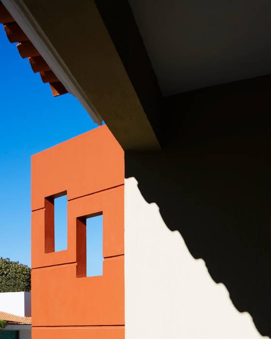 techo: Casas de estilo  por Excelencia en Diseño, Moderno