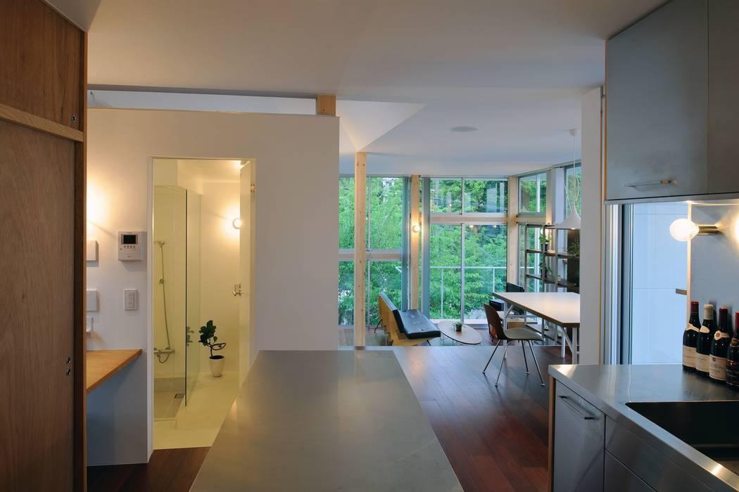 五月丘の家 - House of Satukigaoka: 林泰介建築研究所が手掛けたキッチンです。