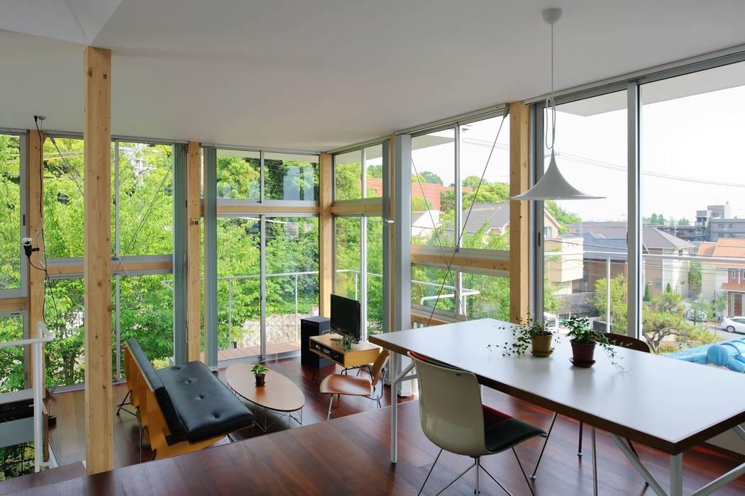 五月丘の家 - House of Satukigaoka: 林泰介建築研究所が手掛けたダイニングです。