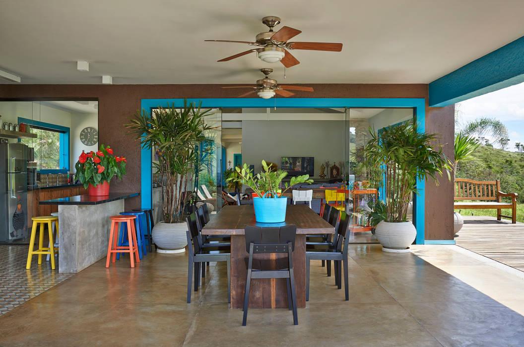 Terrazas de estilo  de Beth Marquez Interiores, Rústico