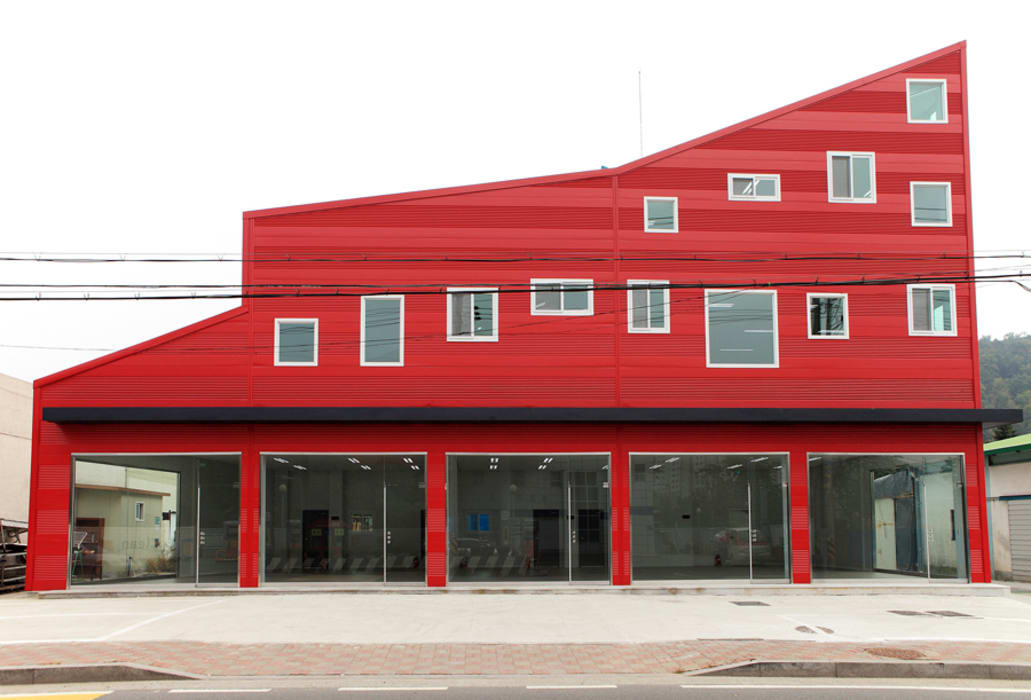 โดย 현앤전 건축사 사무소(HYUN AND JEON ARCHITECTURAL OFFICE ) โมเดิร์น