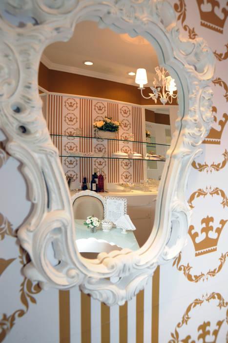 Loja de doces gourmet: Paredes  por Adriana Scartaris: Design e Interiores em São Paulo