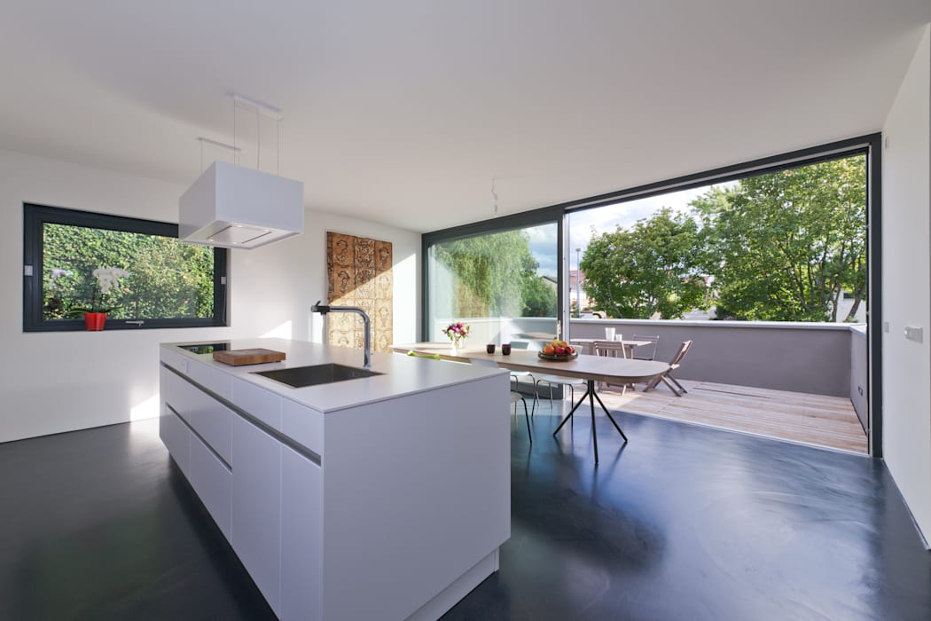 Architekturbüro Dongus Modern kitchen