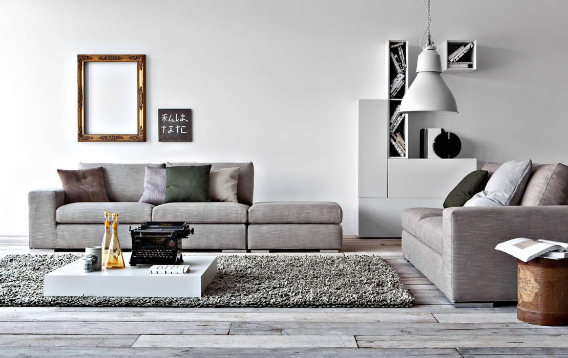 Family Sofa: modern  by Campbell Watson, Modern
