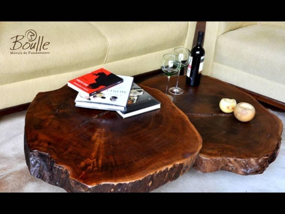 Mesas de centro em madeira maciça: Salas de estar  por Boulle