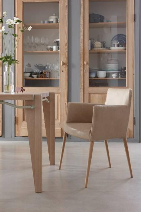 Tiba Moderne eetkamers van Label | van den Berg Modern