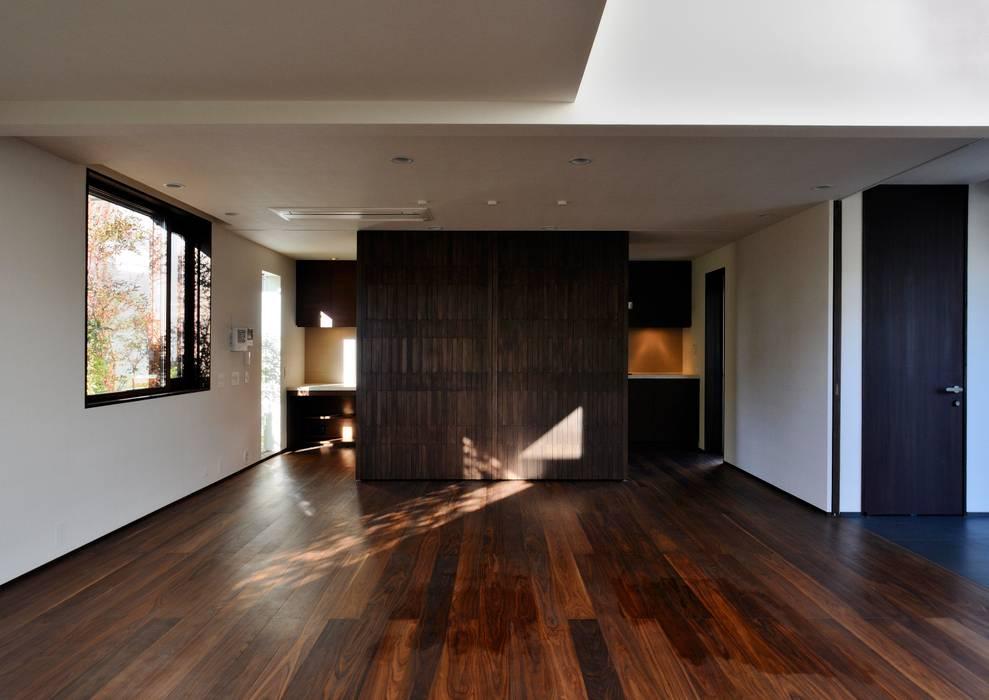 八幡山の住宅: 井上洋介建築研究所が手掛けたダイニングです。,モダン