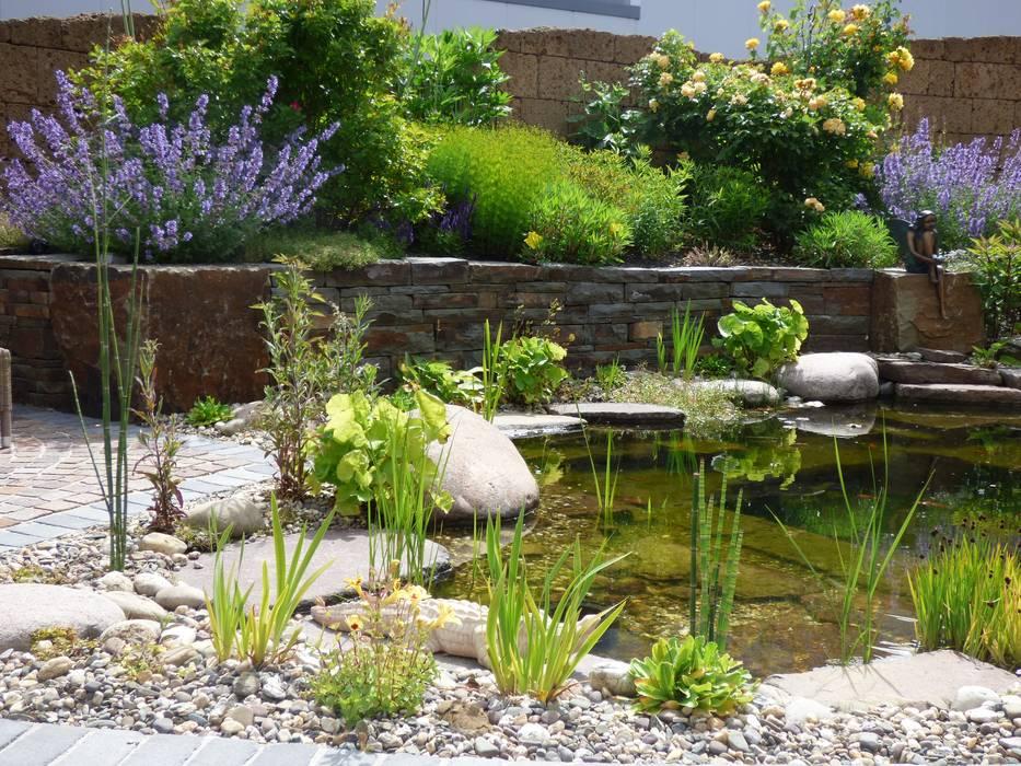 Teich Garten Von Gärten Für Auge Und Seele Homify