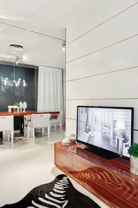 Showroom LOVE CERAMIC TILES Lisboa 2013 Salas de estar modernas por Catarina Batista Studio Moderno