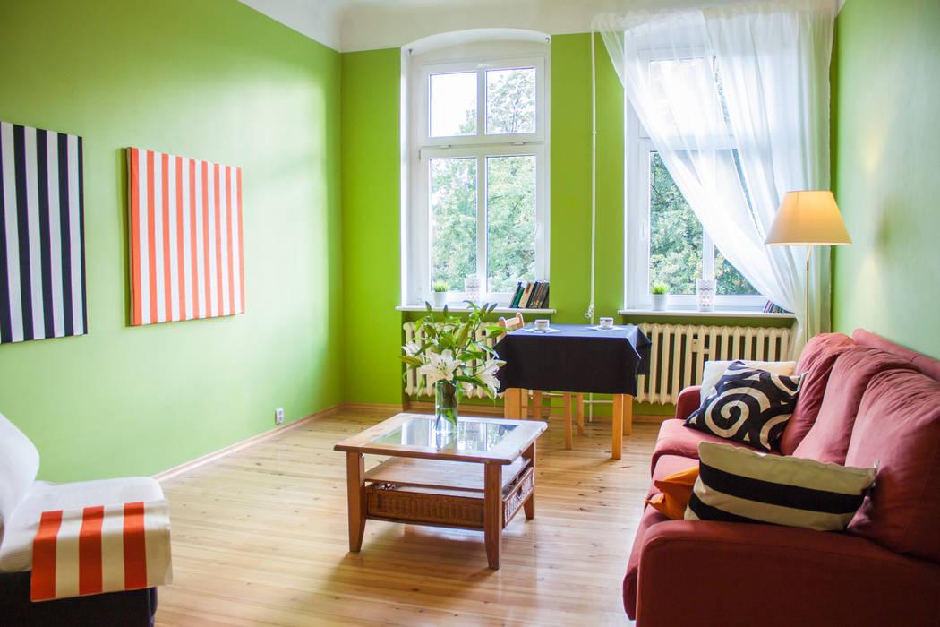 Mieszkanie w Szczecinie po Home staging'u Eklektyczny salon od Studio projektowe SUZUME Eklektyczny