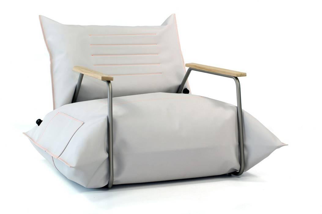 minimalist  by MALAFOR, Minimalist