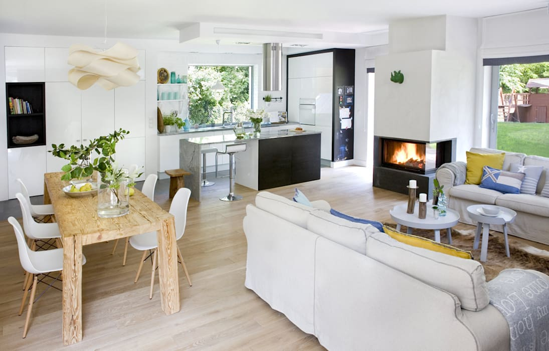 Salas de estar escandinavas por MAKAO home Escandinavo