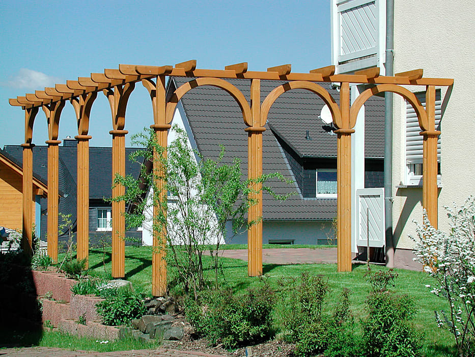 Pergola Holzfarben Mediterraner Balkon Veranda Terrasse