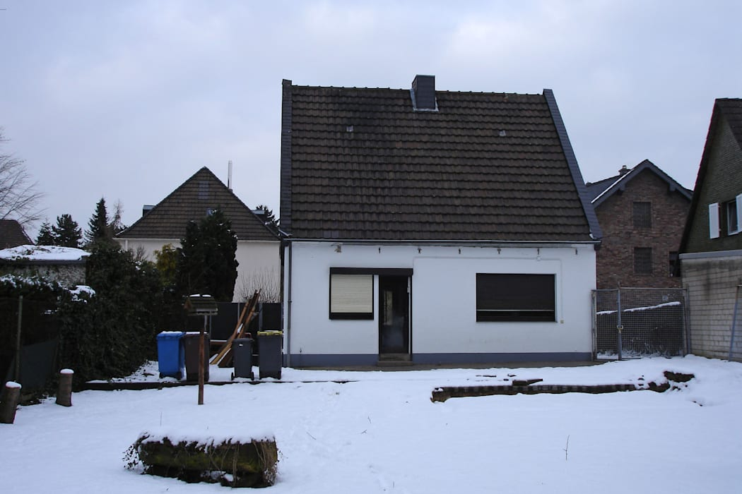 Projekty,  Domy zaprojektowane przez Rathscheck Schiefer und Dach-Systeme ZN der Wilh. Werhahn KG Neuss