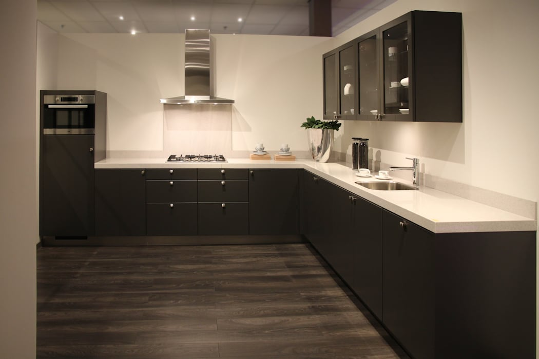 http://www.dbkeukens.nl/keukens/alle-keukens/hoekkeuken-k71:  Keuken door DB KeukenGroep, Landelijk