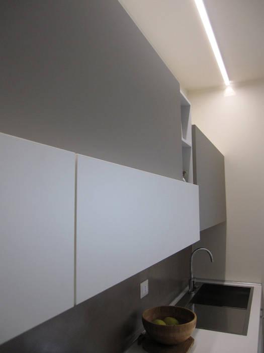 illuminazione piano di lavoro Laura Canonico Architetto CucinaIlluminazione
